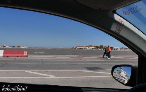 ジブラルタル、滑走路