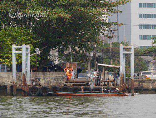 バンナムプン水上マーケット渡し船、バンナムプン水上マーケット船着き場