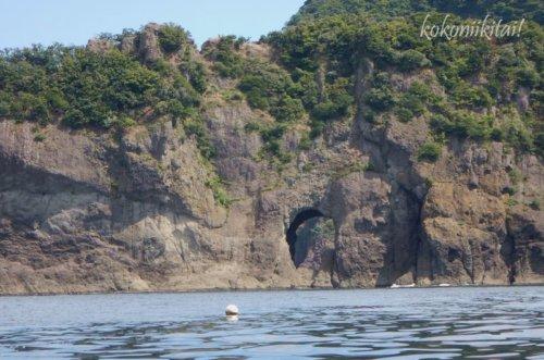 山陰海岸の旭洞門